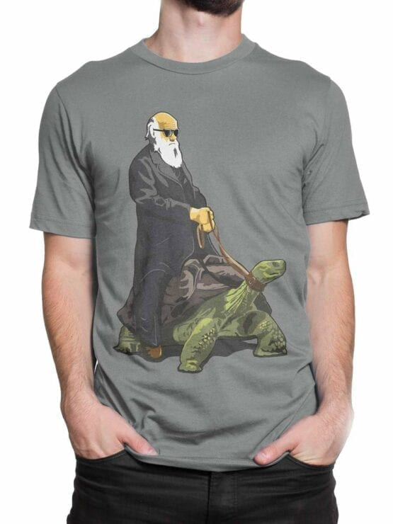 0589 Funny T-Shirt Darwin on the Turtle_Front_Man_2