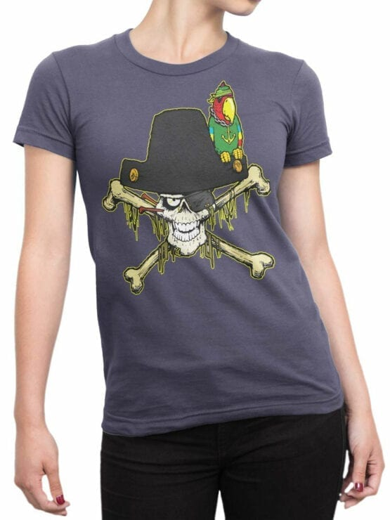0694 Pirate Shirt Captain Roger Front Woman
