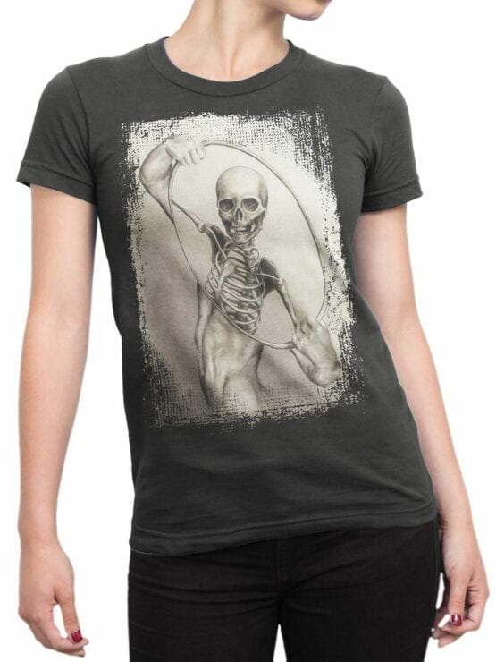 0965 Scary Shirt Inside Front Woman